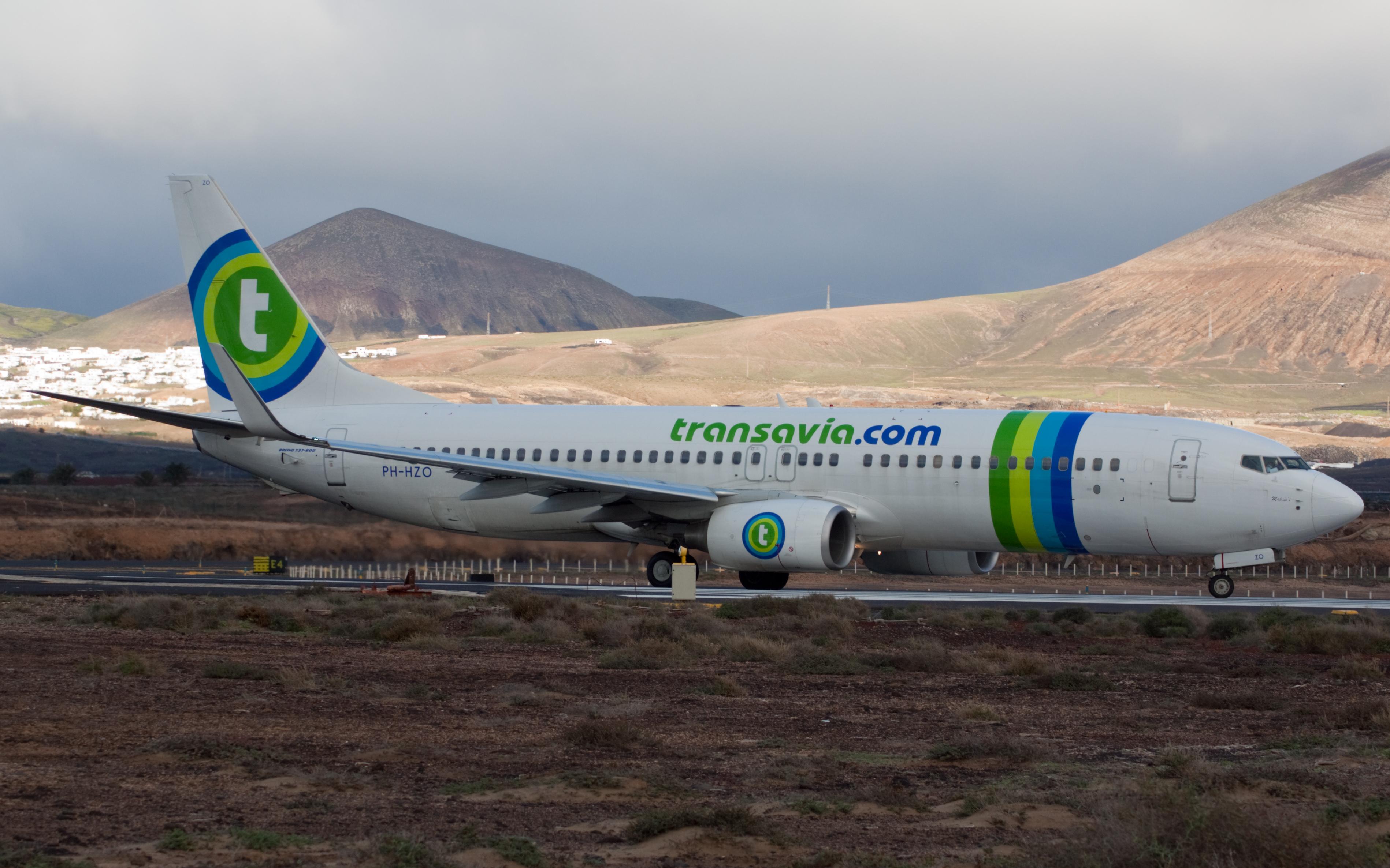 Transavia_Airlines_B737-800_PH-HZO_(3232891774)