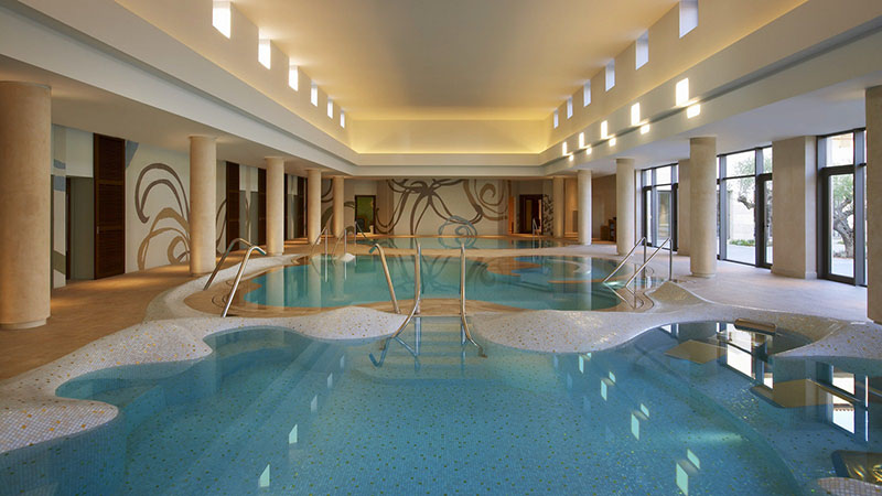 The-Romanos-Resort-Costa-Navarino---Anazoe-Spa---Hydromassage